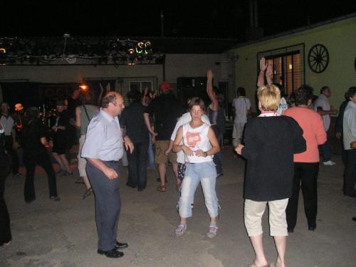 Večerní taneční zábava seskupinou FOCUS ROCK