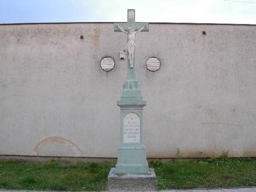 kríž uprodejny jednota 2.jpg